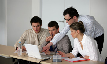All Types Of Professionals Can Benefit From Management Classes