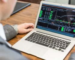 Are You Finding The Extraordinary Crypto Currency Trading Platform On Online?